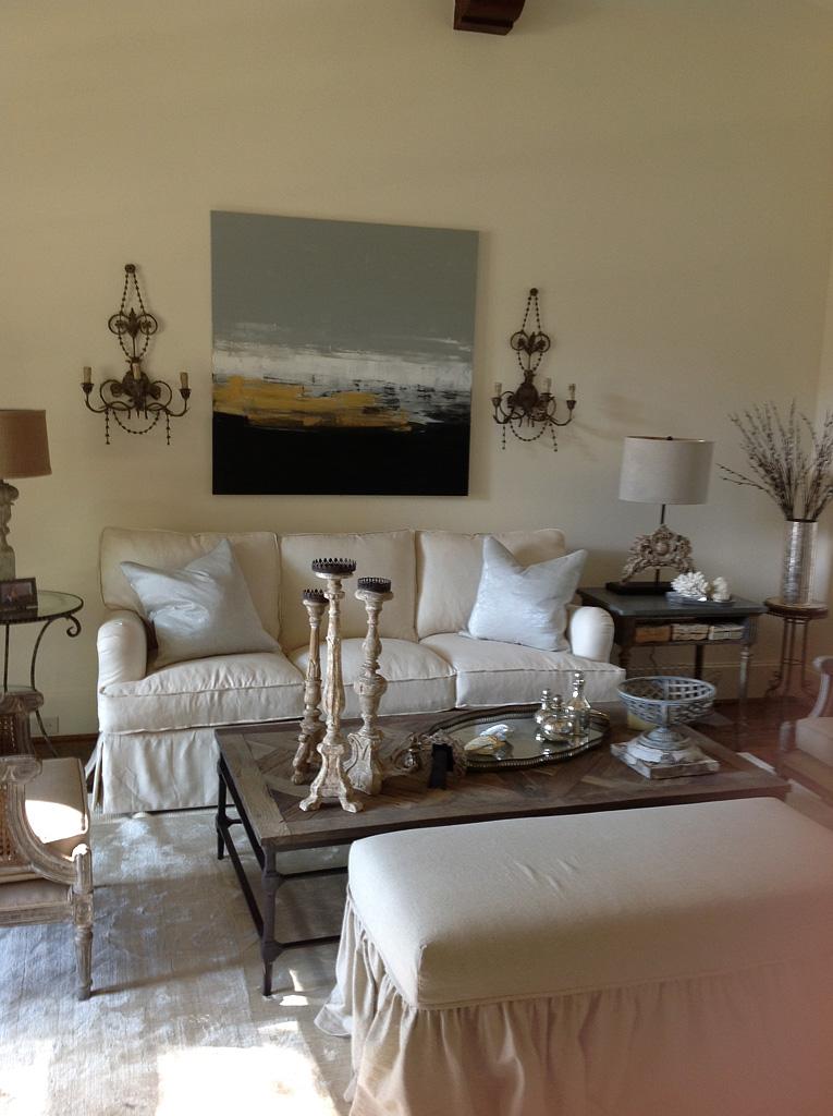 Amherst-Living-Room-After-452af79191e93f.JPG